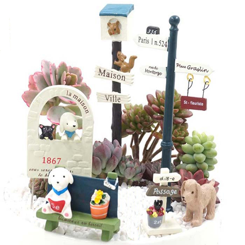 Image Cute Japanese Cartoon Micro Animal Cat and Dog Garden Flower Decoration Childrens Toys Home Small Ornaments