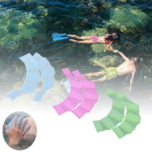 swimming hand finger fin learning swimming swimming pool accesory finger wear 3colors L M S Hand Webbed(China)