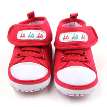 Baby Girl Shoes Newborn walkers Infant Crib Shoes Toddler Canvas Sneakers Cartoon Car Hook Loop Slippers Christmas Gift for Kids(China)