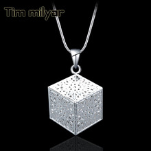 Pendant Necklaces For Women Jewelry Korean Fashion Hollow Cube Design Pendants With Silver Chain Factory Outlets Free Shipping