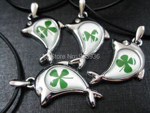 FREE SHIPPING $ 98.99 wholesale 100 pcs Real Shamrock Lovely Four Leaf Clover Cool Summer Lucky Dolphins pendant(China)