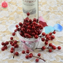 10pcs(1pcs=7 head) Artificial Berry Bacca Bouquet For Wedding Decoration DIY Garland Rose Decorative Simulation Craft Flowers