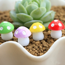 Resin craft/fairy garden gnome/mini resin mushroom/terraium decoration/lovers/gifts/children gifts,20pcs,Free shipping.(China)