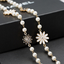 Hot Sale Oil Colored Daisy Flowers Imitation Pearl Necklace Clothes Hangings Gentlewomen Long Maxi Necklace For Women