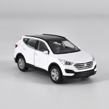 WELLY Brand New 1:36 HYUNDAI Santa Alloy car pull back model toy home decoration boy children baby toy Gift Free Shipping