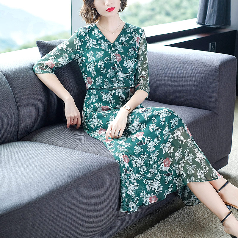 High-end Women's Clothing 2019 Summer Real Silk Printed Women's Elegant Long Dress red green color 49301