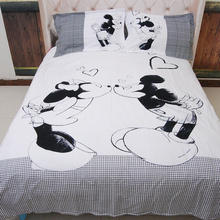 4PCS bed linen 3d red mickey mouse bedding sets Black white minnie duvet cover king/queen/twin size bed sheet kids/Children bed