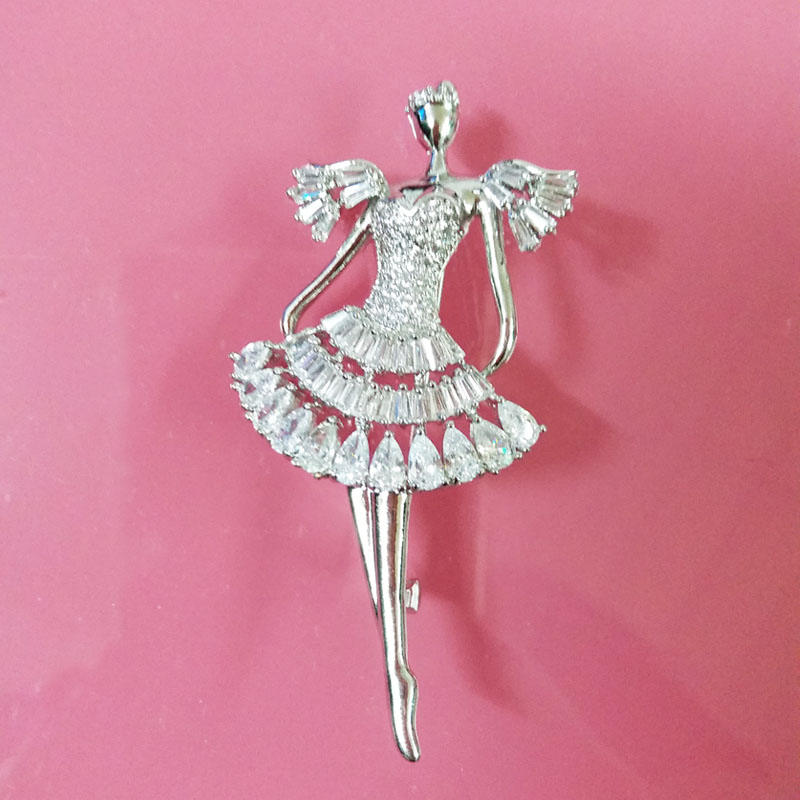 brooches gril 2