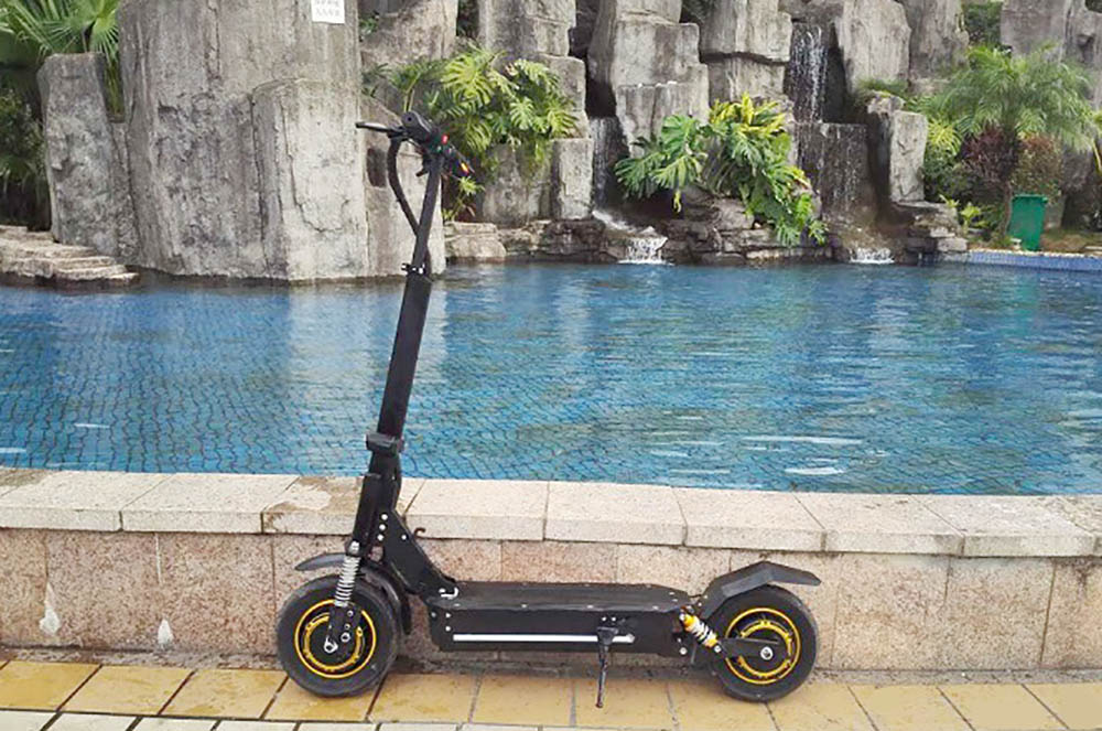 1000W foldable scooter (3)