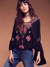 2017 Europe style embroidery tassel shirts v-neck cotton linen fashion women blouse long sleeve autumn shirts hippie top shirt