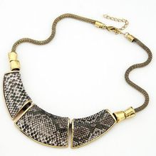 MJARTORIA Snake Skin Choker Necklace New Fashion DIY Moon Pendant Statement Necklace for Women UP05899 1PC