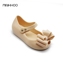 Mini Melissa 2017 New Three Big Bow Girls Sandals Jelly Melissa Princess Shoes Soft Shoes High Quality Tricolor Children Sandals