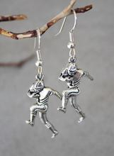 20Pair Hot Fashion Vintage Silver Football Player Sports Charm Drop&Dangle Earring Women Girl Jewelry Gift