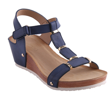 HEYIYI Women Summer Sandals Platform Wedge Shoes T-Strap Soft Insole Buckle Strap Large Size PU Leather Lightweight Flat Shoes