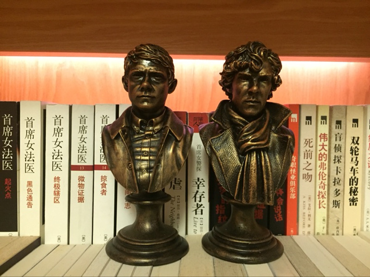 2Pcs-Watson-Sherlock-Holmes-Action-Toy-Figure-Bust-Resin-Statue-Action-Figures-Doll-Resin-Benedict-Cumberbatch