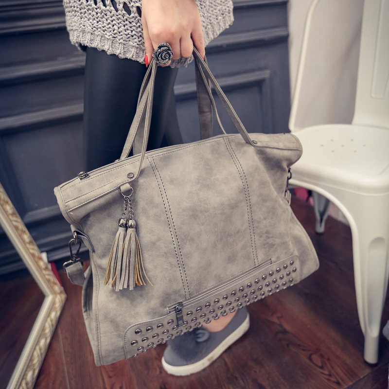 2017 New Rivet Women Leather Handbag Fashion Tassel Messenger Bag Vintage Shoulder Large Top-Handle Bags Mummy Package Tote Bag<br><br>Aliexpress