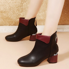 Boot 새 2018 Autumn Winter Fashion Woman Boots (High) 저 (힐 women 가죽 Ankle Boots Sexy 첨 발가락 Martin Boots 어린이의 손에 따뜻한 핫(China)