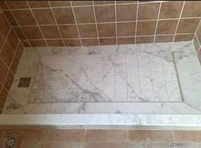 Tile carries Bianco Carrara, a white marble from Carrara, Italy, in natural stone marble slabs and tiles.(China)