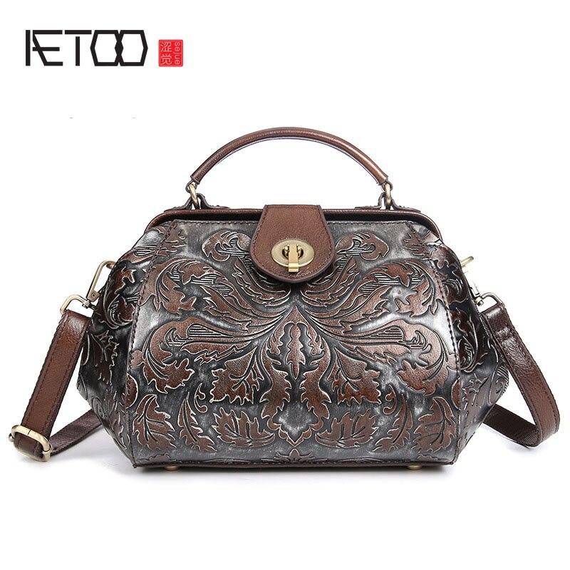 The new leather handbag shoulder bag handbag leather Handmade Embossed brush color simple fashion bag<br>