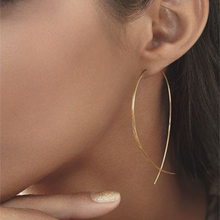 GENBOLI European and American Classics Fashion Simplicity Handmade Fish Shaped Hoop Copper Wire Earrings for Women