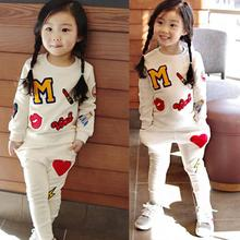 Retail 2016 New Girls Clothing Sets Baby Kids Clothes Children Clothing T Shirt + pants 2pcs Lipstick patch fashion set(China)