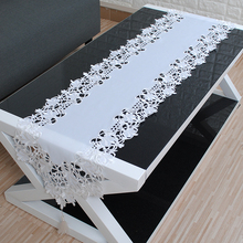 yazi White Table Runner Embroidered Flower Cutwork Fabric Tassels Tablecloth Table Cover Wedding Party Decor 40x180CM