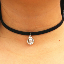 N959 90's Girl Choker Necklaces Women Black Velvet Leather Chain Simulated Pearl Shell Collares Fashion Jewelry Gothic Bijoux