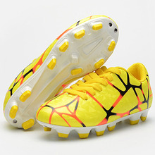 Men Soccer Shoes Hard Court Outdoor Turf Futsal Football Boots Cleat Trainers Rubber Sports Sneakers 48wy(China)