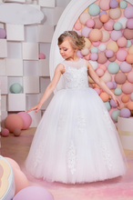 White Flower Girl Dresses With Crystal Lace Up Applique Ball Gown First Communion Dress for Girls Customized Vestidos Longo