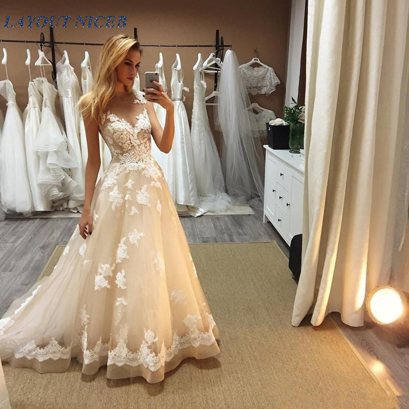 2018 New Designer Top Quality Simple A Line wedding dresses Ball Gown gorgeous Popular wedding gowns