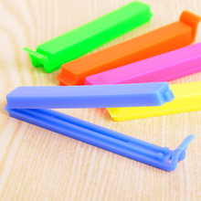 20PCS New Random Color!!! Portable Kitchen Storage Food Snack Seal Sealing Bag Clips Sealer Clamp Plastic Tool