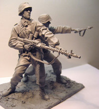 Unpainted Kit 1/16 120mm Waffen SS 1941East Front soldiers with base figure Historical WWII Figure Resin Kit Free Shipping(China)