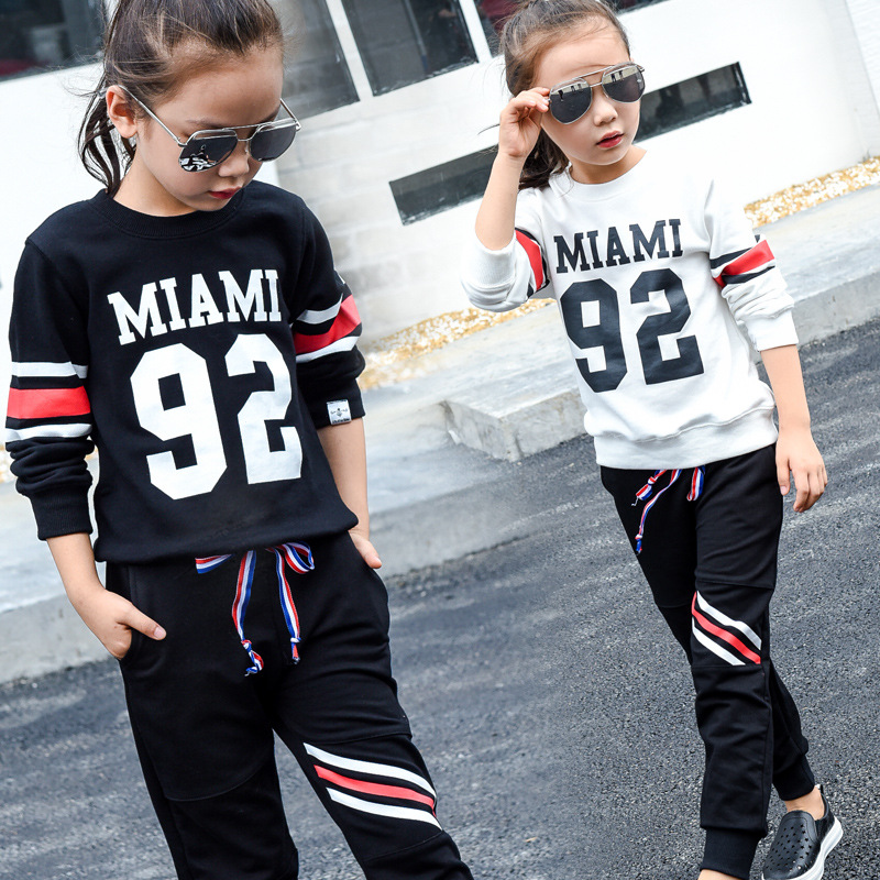 Girls sports 3 to 13 t set up 2017 new children suit, girls quality fall, children 92 model two pieces/sets<br><br>Aliexpress