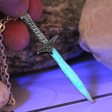 Bilbo Baggins SWORD necklace GLOW in the DARK Luminous The Hobbit The Sting sword Pendants & Necklaces