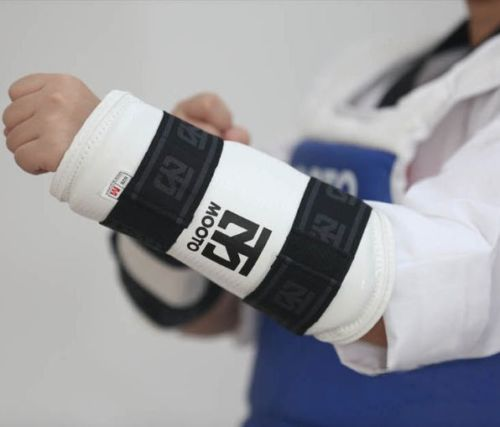 Female Groin Protector Guard Women WTF CE Approved MMA TKD Training Mooto Extera