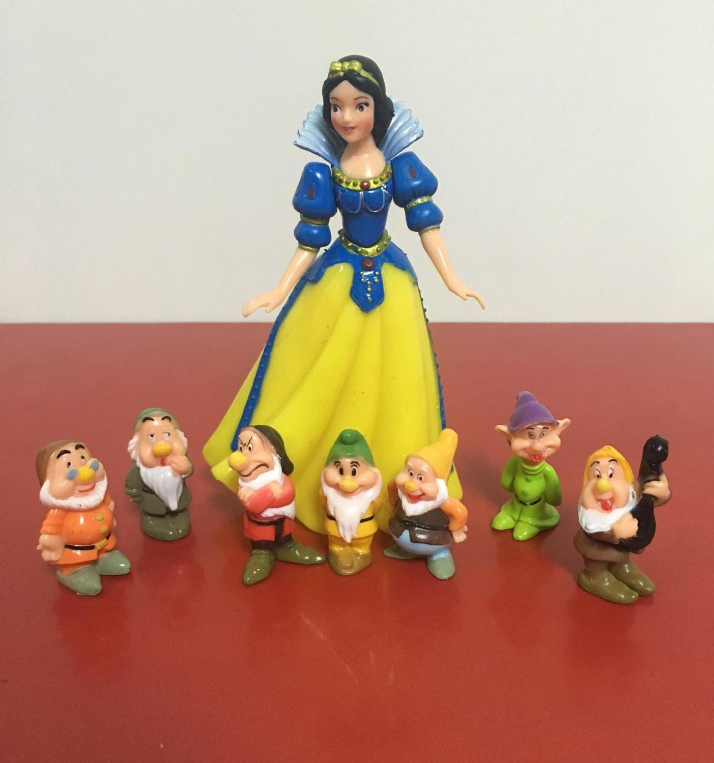 Fashionable White Princess and Seven Dwarfs Toy Set Toy Dolls Micro Landscape Animated Toys Live Sample Jewelry Toys(China)