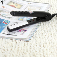 2016 New 2016 NewUS Plug Mini Travel Ceramic Hair Crimper Curl Straightener Flats Iron Perm Splint 165WG07 165WG07