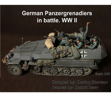 Resin Kits  1/35 Resin Kits Scale WWII German Panzergrenadiers In Battle Resin Soldiers (Without Tank) Free Shipping 5 pcs/1 set