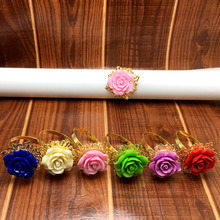 25pcs/lot Many colors Rose Flower Decor Gold Napkin Ring Holder Hoops Romantic Nice Looking Weeding Party Table Decoration