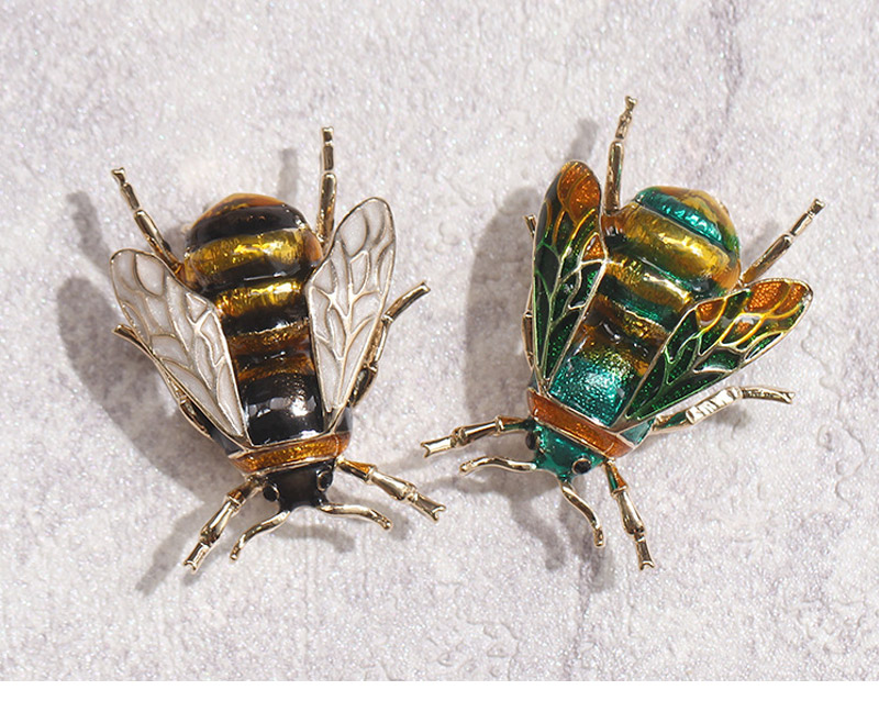 bee-brooch_13