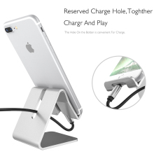 Universal Aluminum Metal Mobile Phone Tablet Desk Holder Stand for Ipad iPhone 7 / 7 Plus 6s 6 5s 5 Cellphone for Kindle Ebook