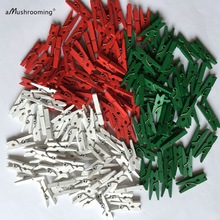 50 x Christmas Party Supplies Mini Wooden Clothespins Red White Green Craft Pegs Xmas Tree Decoration