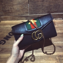 In the summer of 2017 the new Europe and the United States big envelope hand bag chain bag restoring ancient ways women's should