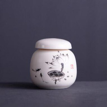 new arrival mini porcelain Lapsang Souchong black tea storage chests beautiful handpainted oolong tea cans T77(China)