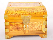 Free Shipping Best quanlity wood Cosmetic case and jewelry storage box Gold Phoebe frame and Gold camphorth full tumours face(China)