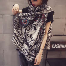 European Style Personality Folk Style Pattern Printing Cotton Scarf Burr Tiger 2017 Spring and Summer Large Women Pashmina Shawl