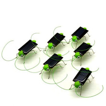Green Brinquedo Solar Toy Solar Powered Toy Crazy Grasshopper Insect Cricket Bug Gadgets For Kids Children Juguetes Solares