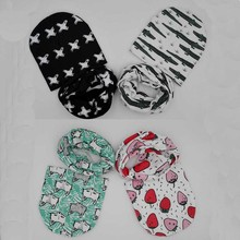 retail and wholesale New style beautiful star baby hat cotton scarf infant hats set child caps scarf baby cap(China)