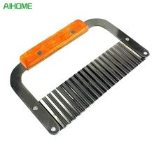 New Wooden Handle Corrugated Ripple Wave Knife French Fries Knife Pastry Handmade Soap Cutting Device Potato Cutter Cake tool(China)