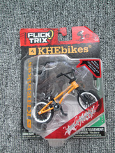 Cheapest! 7.5 USD Yellow Finger bmx bikes With alloy model assembled mini finger toys flick trix gift for chilfdren toys fsb(China)